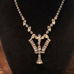 "Vintage Jewelry - Vintage Rhinestone 15.5"" necklace"